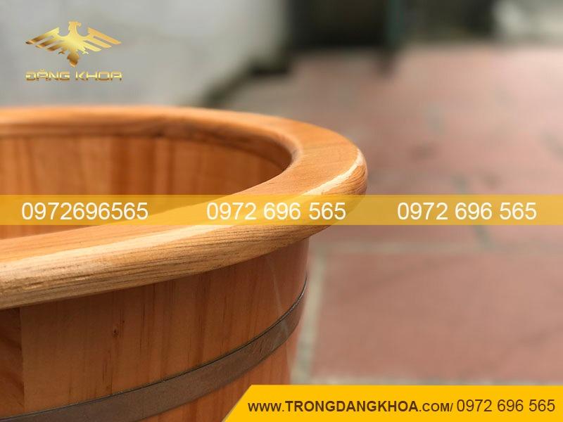 Miệng thùng ngâm chân gỗ thông Nhật bo viền