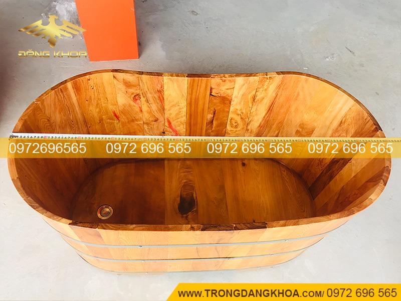 Giá bồn tắm gỗ sồi đẹp