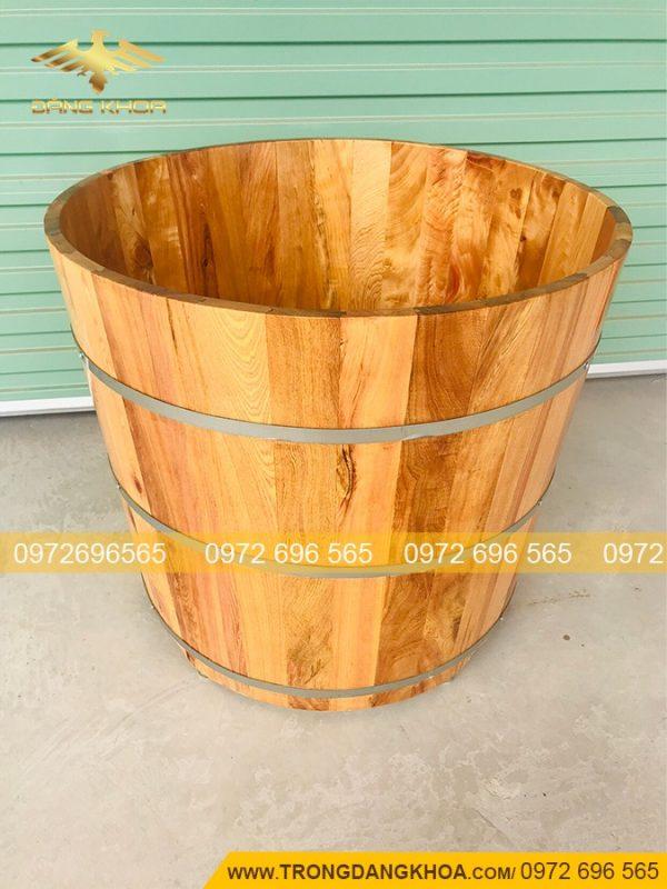 Thùng tắm gỗ tròn