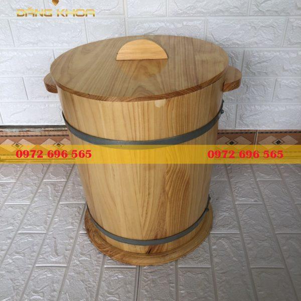 Thùng đựng gạo bằng gỗ