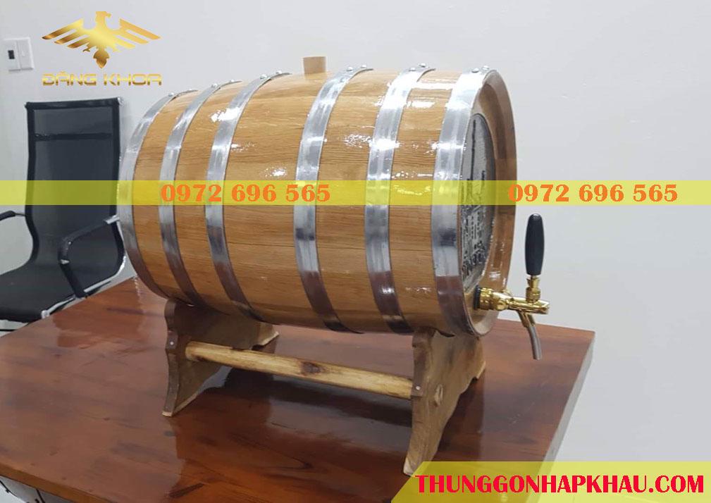 Thùng gỗ sồi 50L mặt khắc thùng
