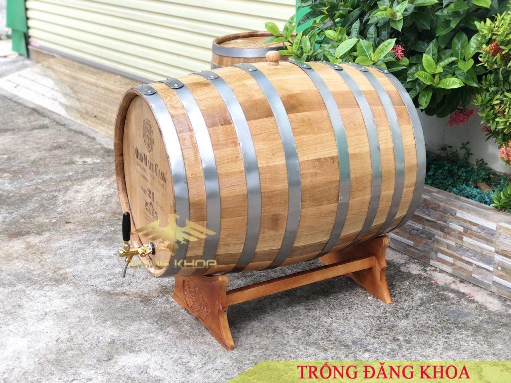 Bán thùng gỗ sồi đựng rượu