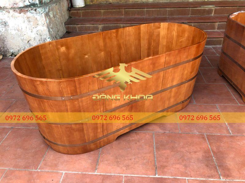 Bồn tắm gỗ Pơ Mu 110cm có đặc điểm gì