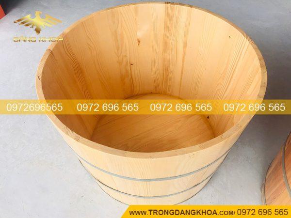 Bồn tắm gỗ sồi tại Trống Đăng Khoa