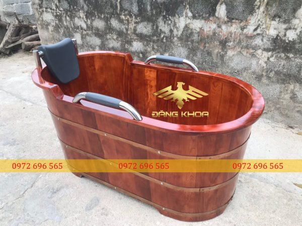 Địa chỉ bán bồn tắm gỗ màu nâu giả cổ
