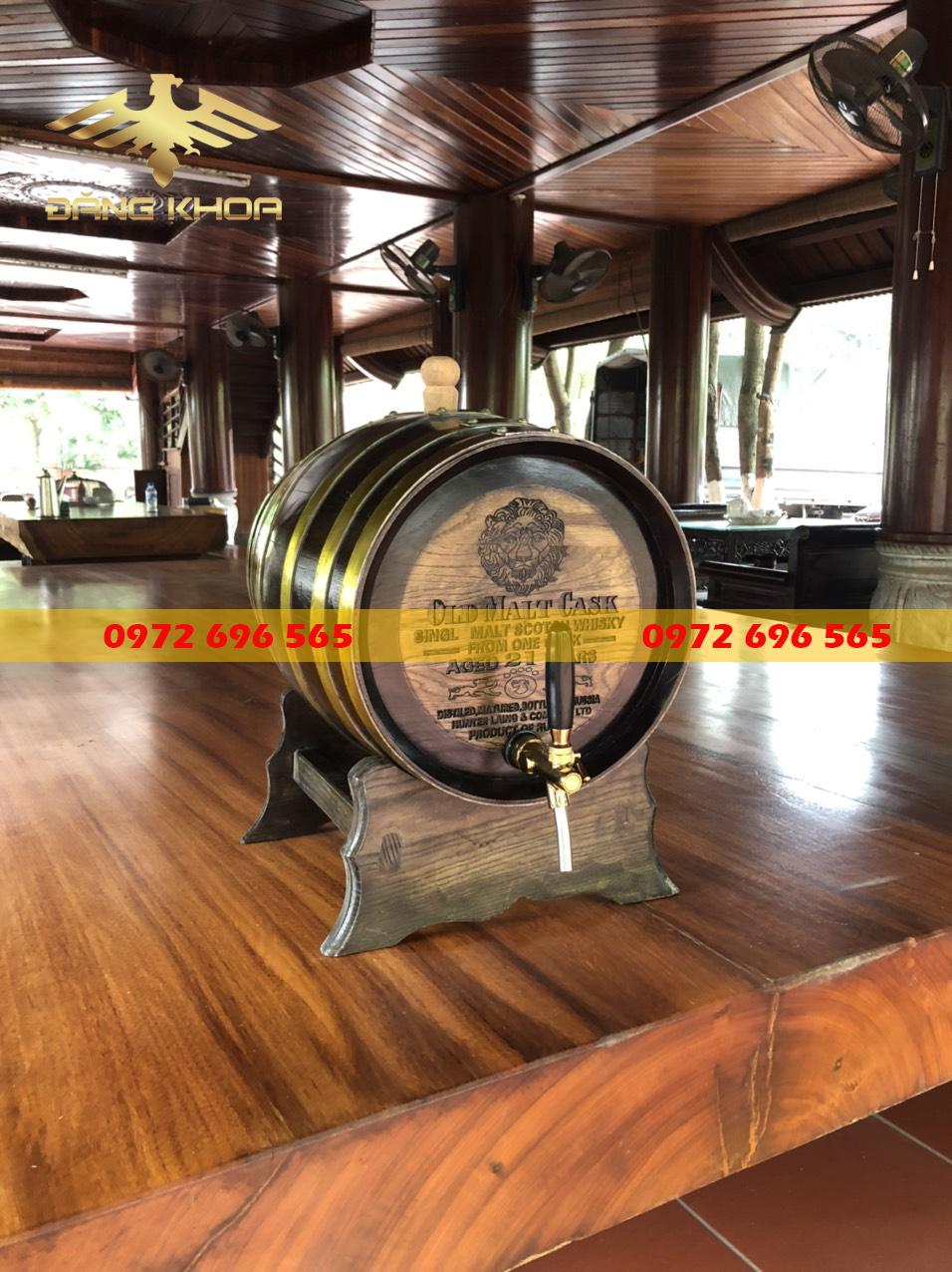 Cách ngâm rượu bằng thùng gỗ sồi