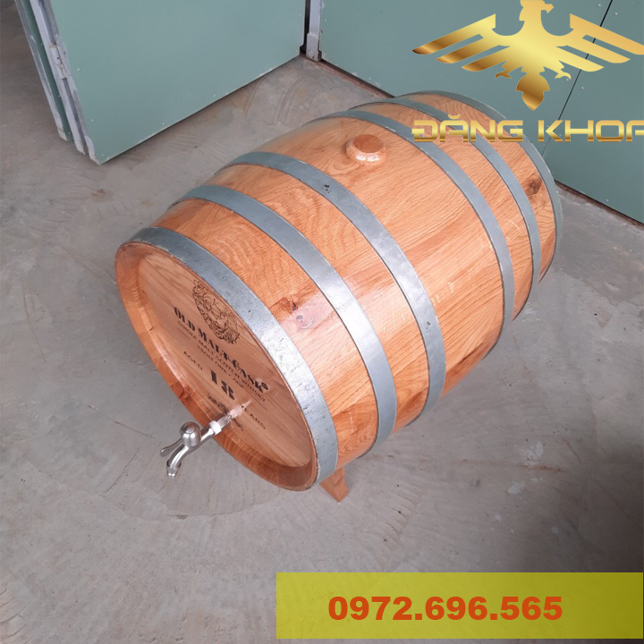 Giá bán thùng gỗ sồi khá rẻ trên thị trường