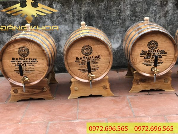 Rượu ngâm thùng gỗ sồi có tác dụng sức khỏe cực tốt