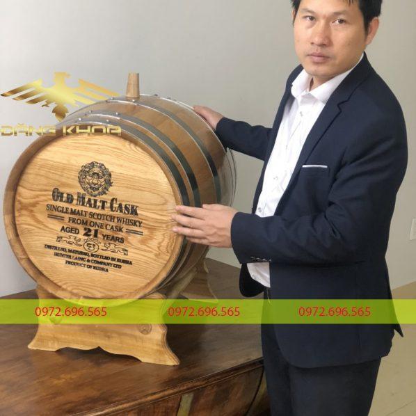 Bán thùng rượu gỗ mới nhất 2021