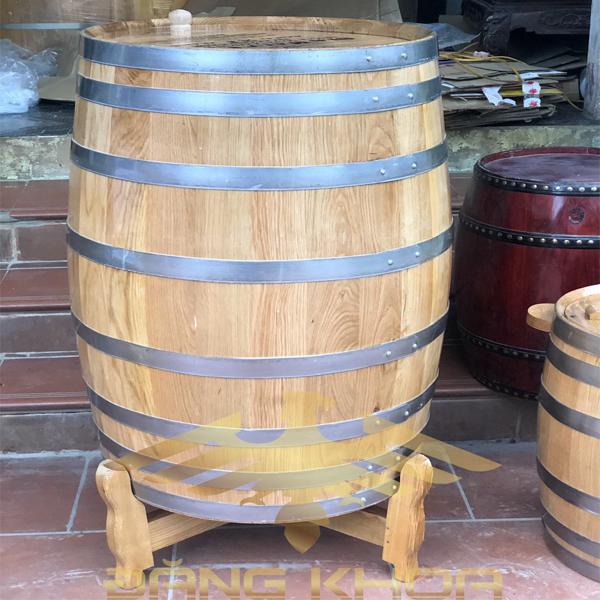 Ngâm rượu bằng thùng gỗ sồi có nhiều lợi ích sức khỏe