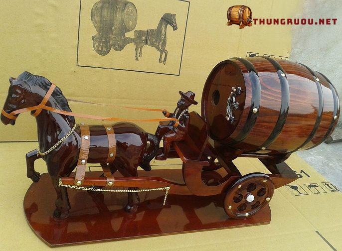 Địa chỉ cung cấp xe ngựa kéo thùng rượu