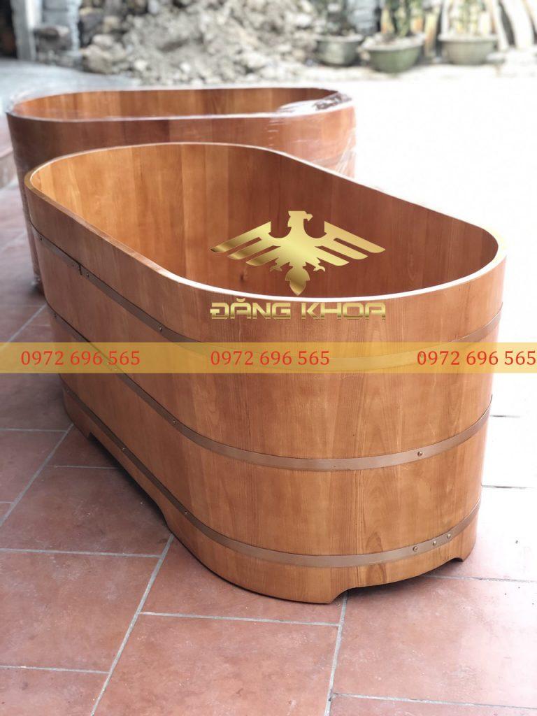 Các chất liệu gỗ làm bồn tắm