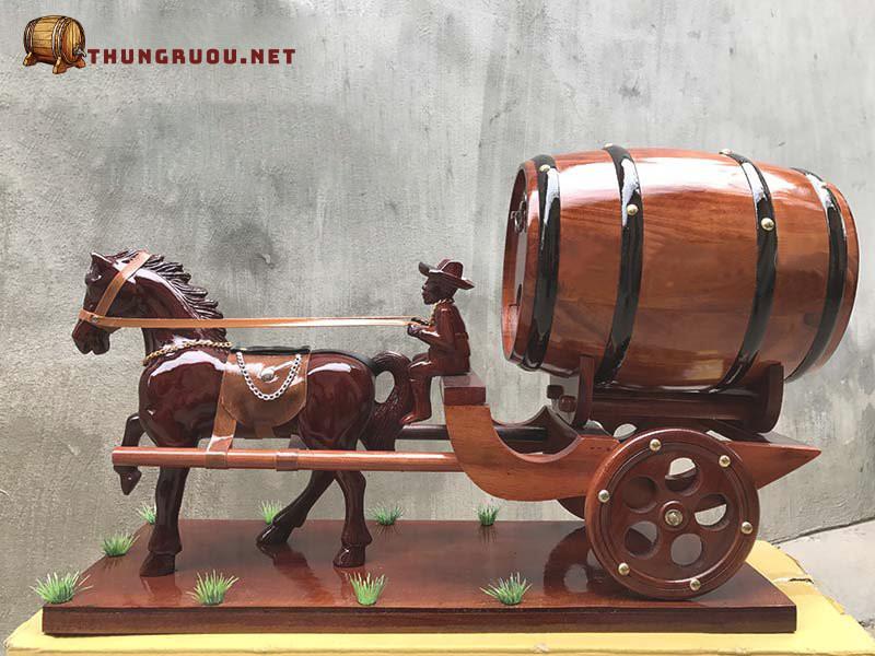 Xe ngựa đơn trống rượu