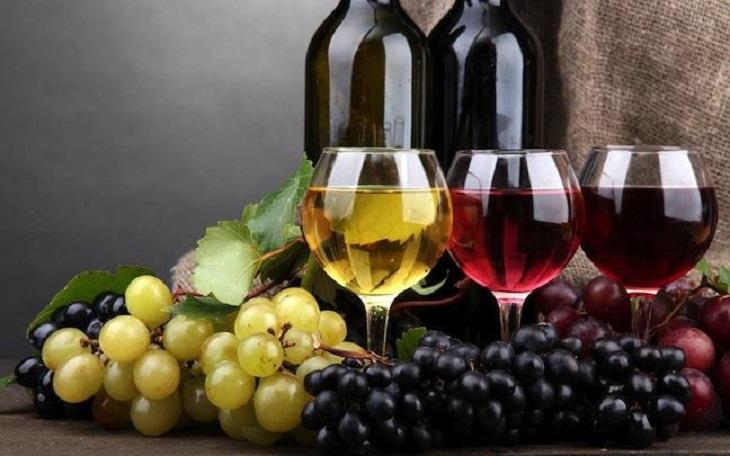 Chọn loại ly phù hợp với từng loại rượu